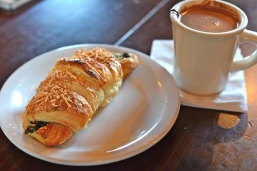 Chocolati Croissant
